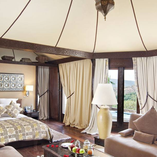 Berber Tent with Jacuzzi