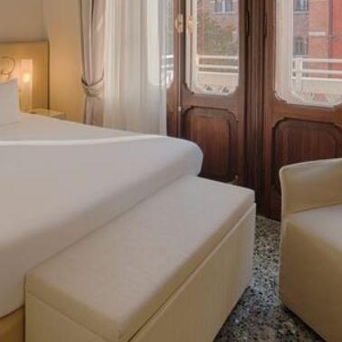 Premium Room w/ View