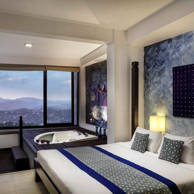 Superior Mountain Room