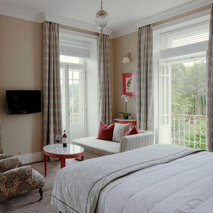 Privelige Room