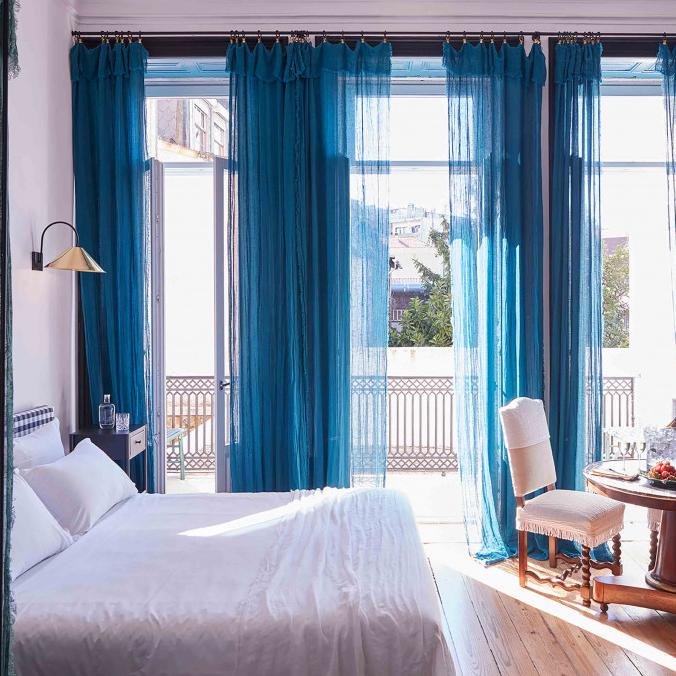 Double Room Deluxe with Balcony